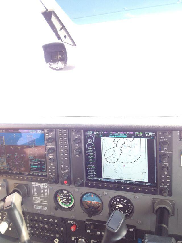 Début de descente vers le FL60, sous couvert de la carte des minimum radar