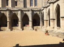 La cour de la paroisse Saint Nazaire
